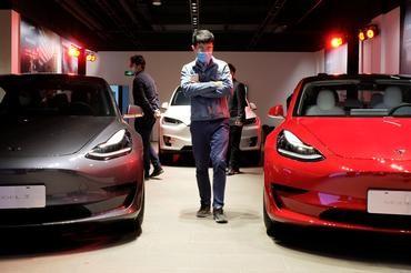 GM VENTURE'S MINI CAR BECOMES CHINA'S MOST SOLD EV, SURPASSING TESLA'S MODEL 3